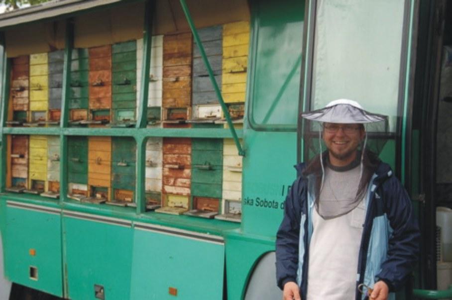 μελισσοκομικά λεωφορεία